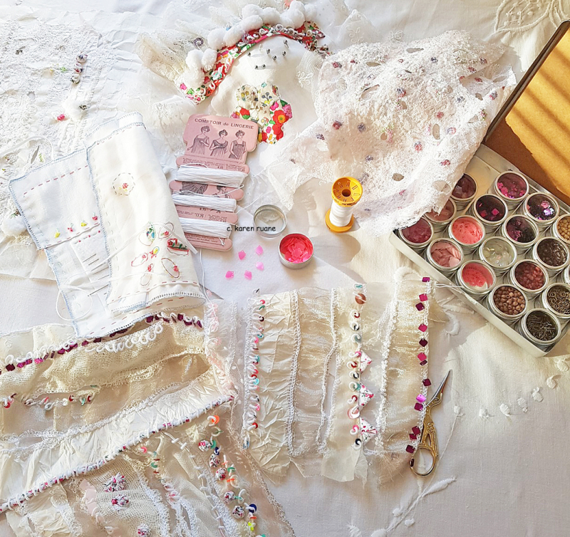 Lace cloth and sequins 1
