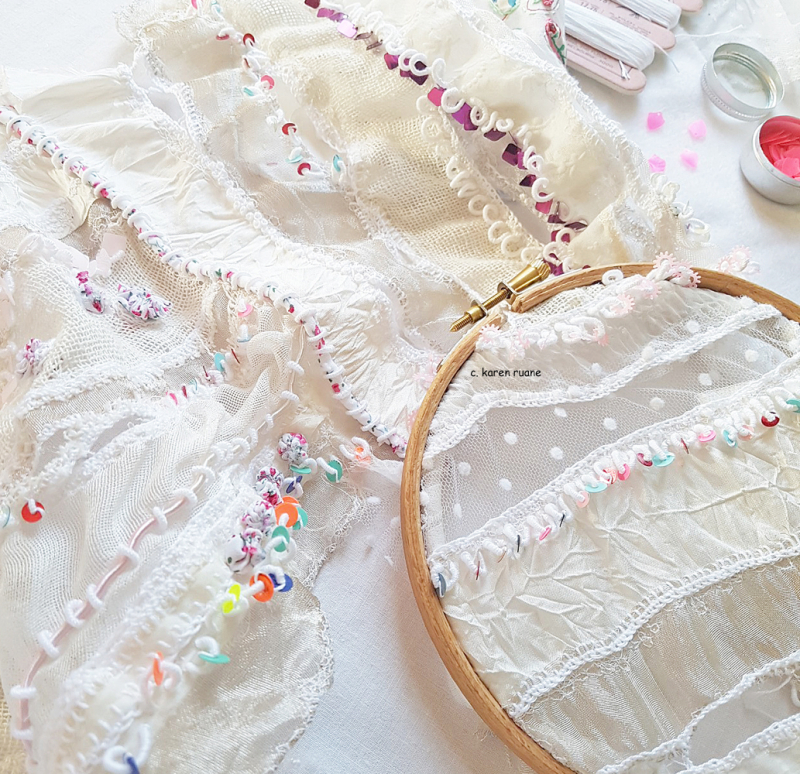 Lace cloth and sequins 4