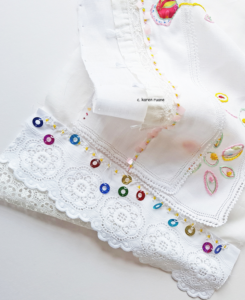 Embroidered hankie 17